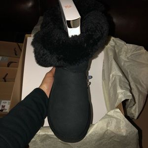 BNIB Authentic! Ugg boots